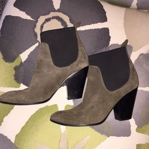 Victoria's Secret Green Suede Ankle Boots 10